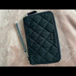 Vera Bradley brand new with tags wristlet/clutch